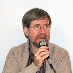 La foto raffigura Massimiliano Salfi